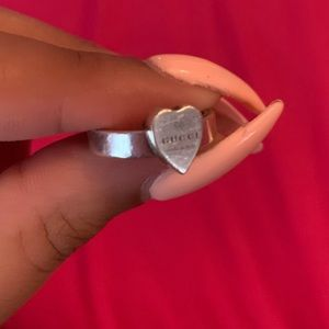 authentic gucci heart ring